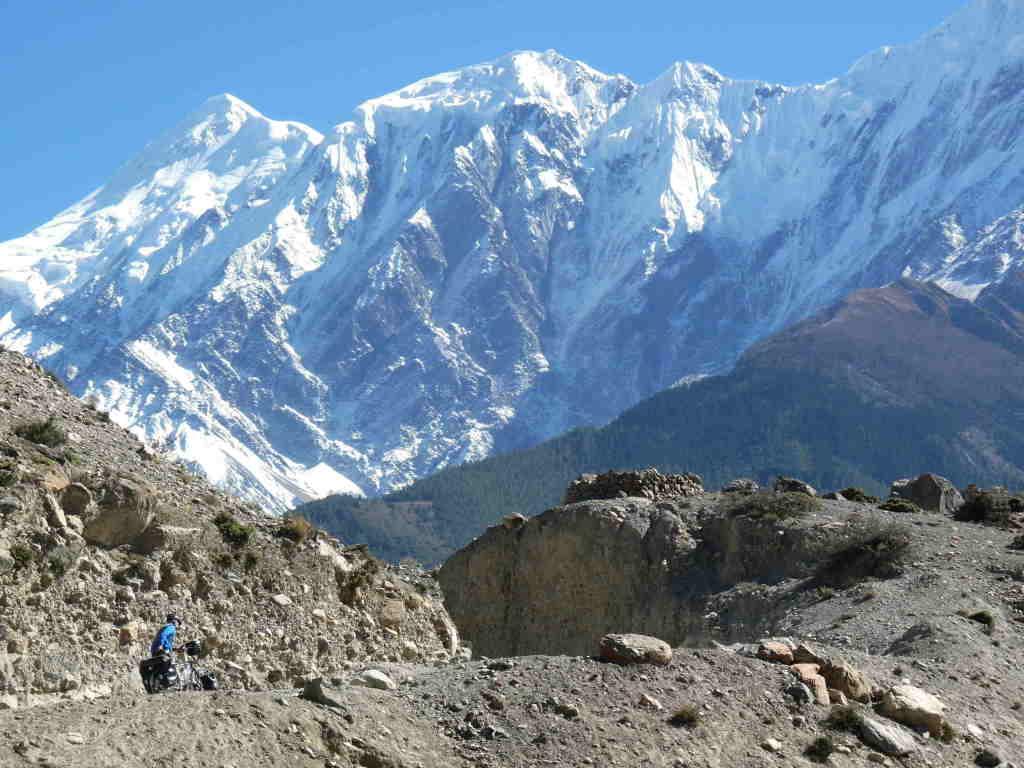 climbing  to Jomson (Annapurnatrek)